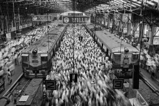 Church-gate-station-Mubai-1995
